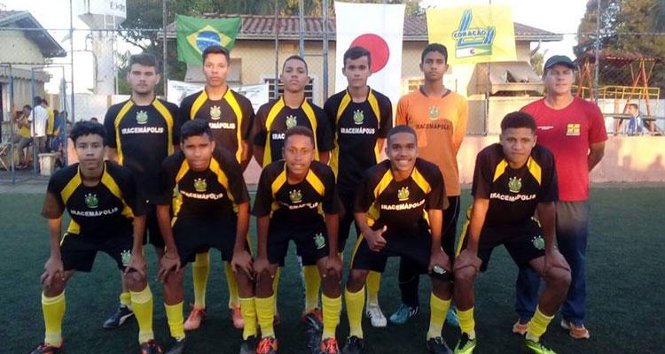 Time de futebol da CME é campeão em Araras
