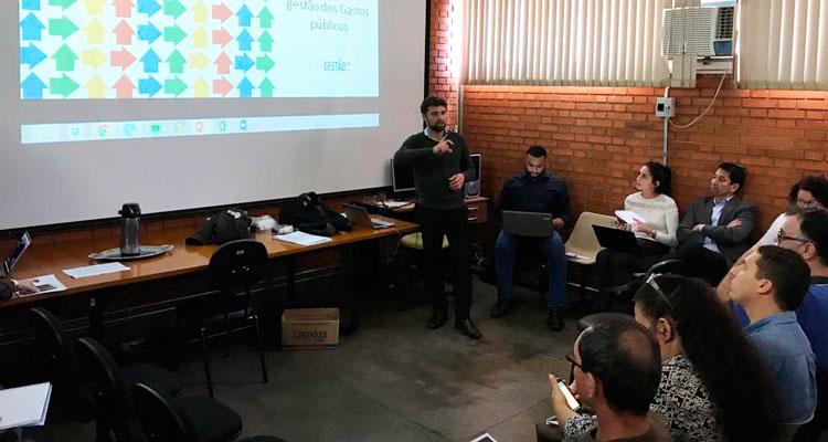 Funcionários da Prefeitura fazem capacitação com empresa especializada em eficiência de gastos