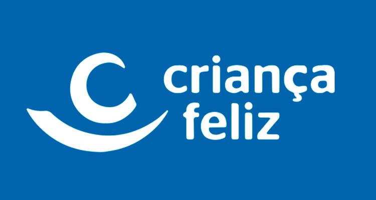 """CRAS promove reunião sobre o programa """"Criança Feliz"""""""
