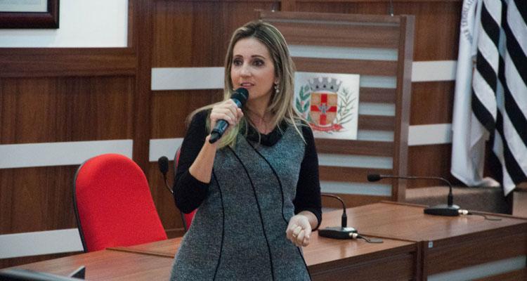 Prefeitura assina parceria com entidades sociais