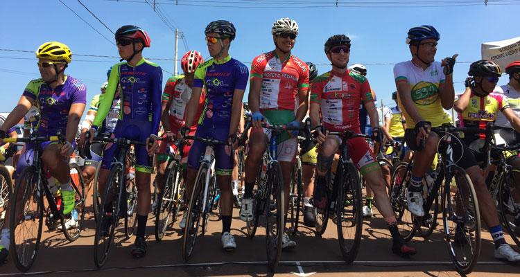 Ciclismo: 300 atletas se reuniram no Jd. Paineiras