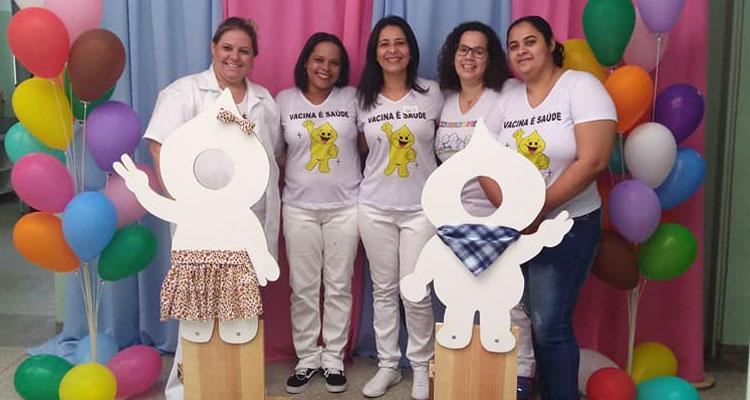 """""""Dia D"""" contra a gripe mobiliza população nos postos de saúde"""