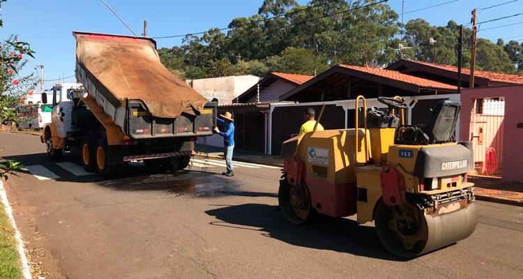 Prefeitura adquire 75 toneladas de massa asfáltica para operação tapa-buracos