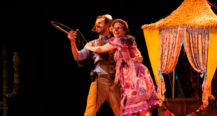 """Circo de Lampezão e Maria Botina"" lota o Teatro novamente"