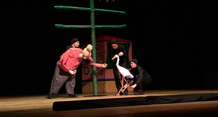 Mês das Crianças: Prefeitura anuncia 3 peças teatrais