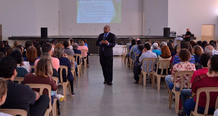 Assédio moral é tema de palestra promovida pela Prefeitura