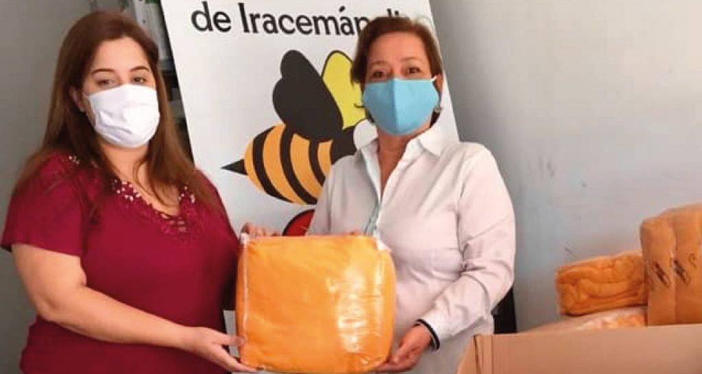 Lar São Vicente recebe 33 cobertores novos