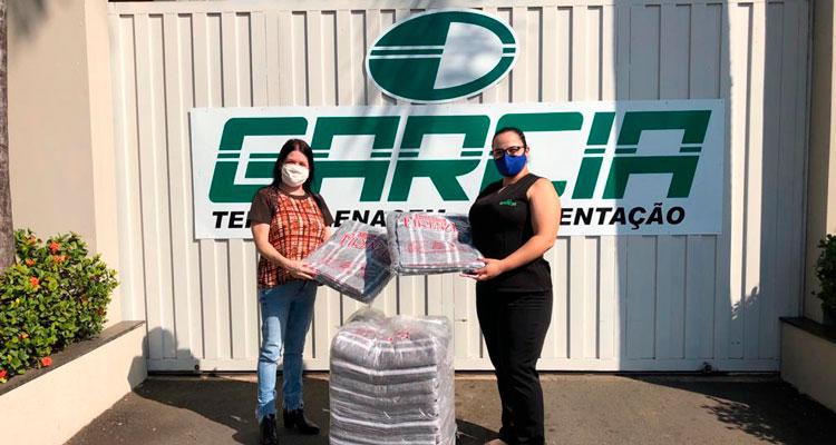 Campanha Inverno Solidário segue arrecadando cobertores; empresas contribuem