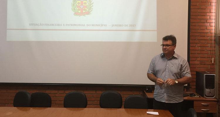 Fábio Zuza apresenta balanço financeiro do semestre
