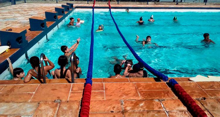 CME abre inscrições para aulas de natação e hidroginástica