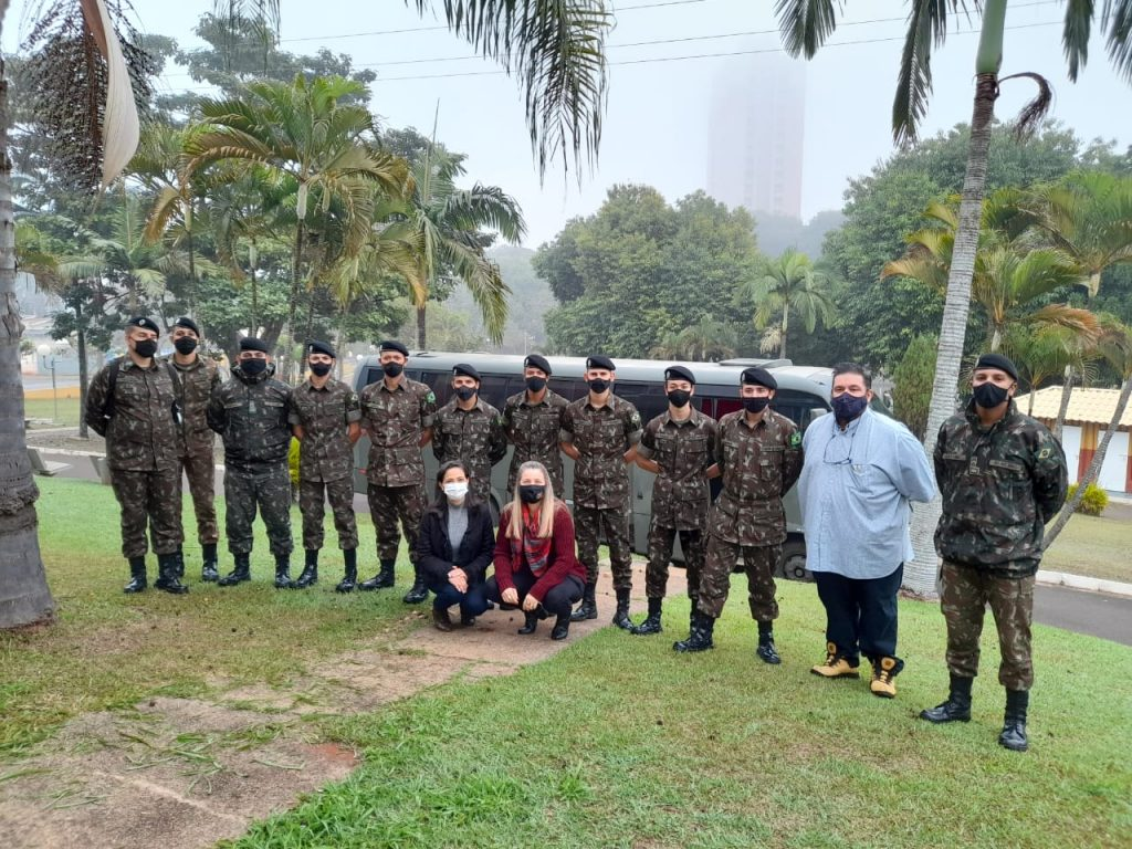 Prédios públicos recebem desinfecção feita pelo Exército