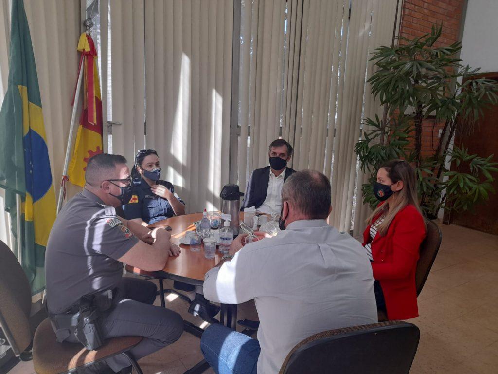 Reunião entre Executivo e Forças de Segurança discute medidas contra poluição sonora